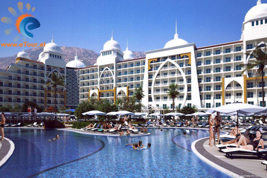 Alan Xafira Deluxe Hotel