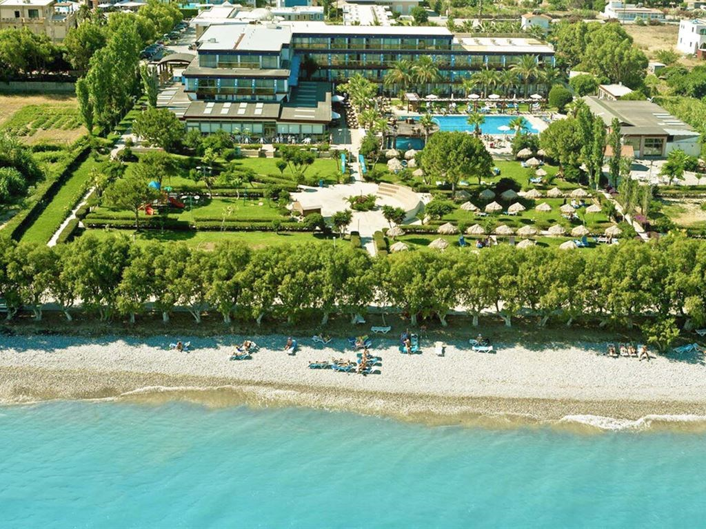 All Senses Ocean Blue Sea Side Resort - Greqi