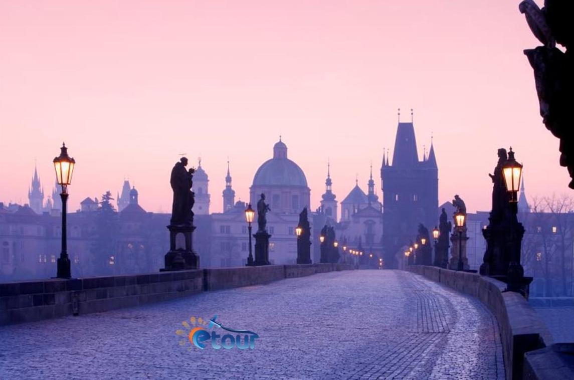 Tur ne Budapest - Prage - Ceki