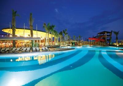 Crystal Family Resort ne Belek, Antalia - Turqi