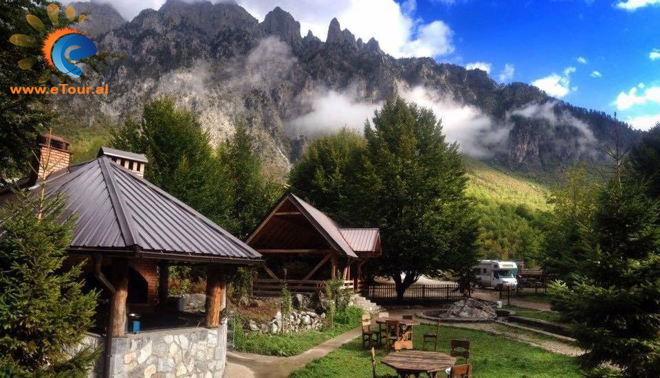 Tur ne Valbone cdo fundjave - Shqiperi