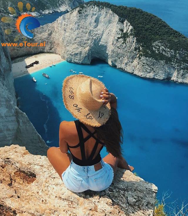 Tur 7ditor ne Zakynthos me transport - Greqi