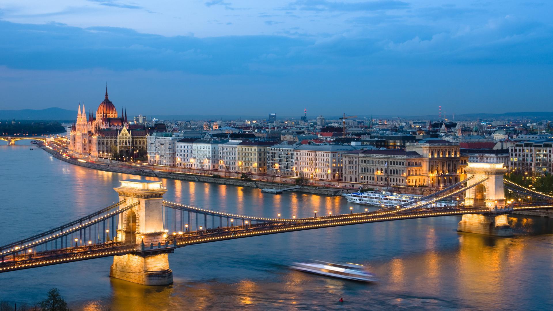 Tiur ne Budapest-Vjene